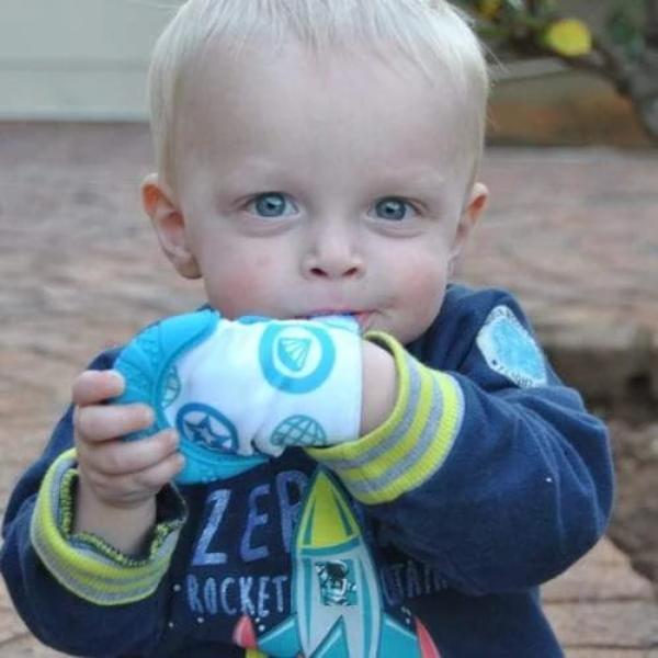 Teething Mitten for children babies