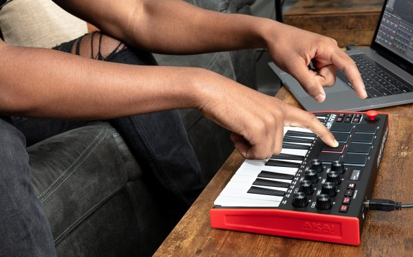 AKAI MPK Mini Mk3 Keyboard USB Controller